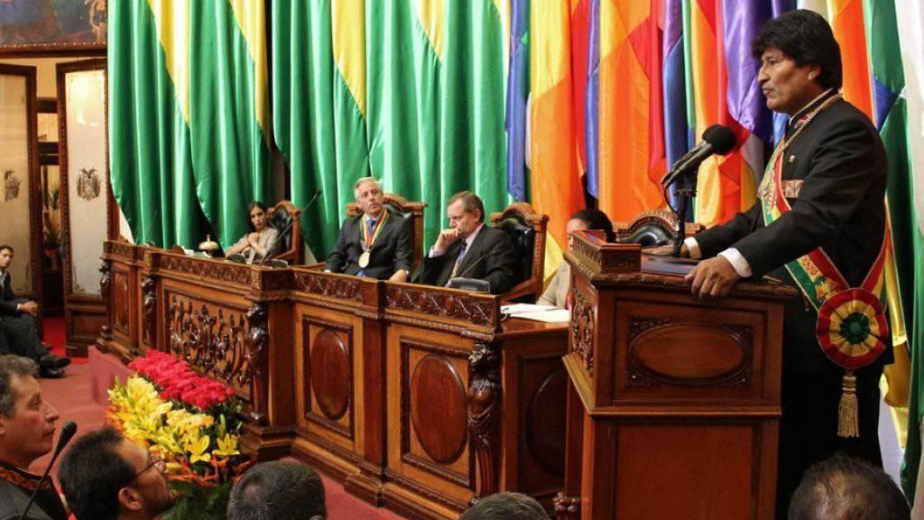 Er ist schon jetzt der am längsten amtierende Präsident Boliviens seit der Unabhängigkeit von Spanien 1825: Evo Morales, hier beim Festakt im Parlament zum Anlass seines zehnjährigen Amtsjubiläums