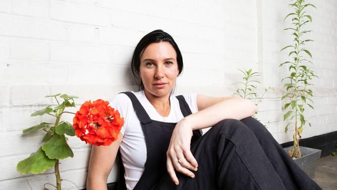 Lisa Taddeo hat eines der meist diskutierten Büchern der Saison geschrieben. Sie erzählt die wahre Geschichte dreier Frauen und ihrem Verlangen.