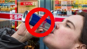 Erster Detailhändler in der Schweiz führt eine Alterslimite für Energy-Drinks ein.