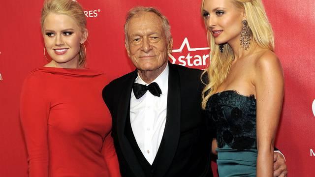 Hugh Hefner umgibt sich gerne mit jungen Frauen (Archiv)