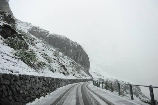 Schnee auf dem Klausen