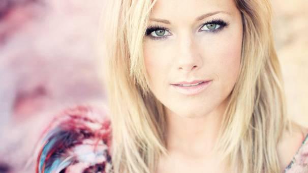 Seven singt vor Millionenpublikum mit Helene Fischer