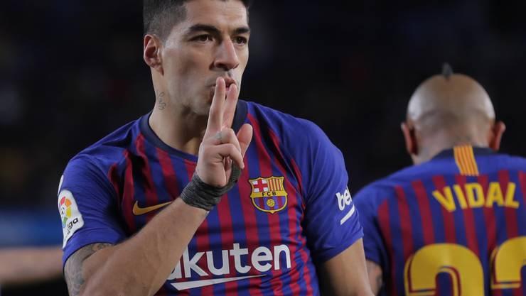 Barcelonas Luis Suarez (links) trifft im Cup-Halbfinal in Spanien auf den Erzrivalen Real Madrid