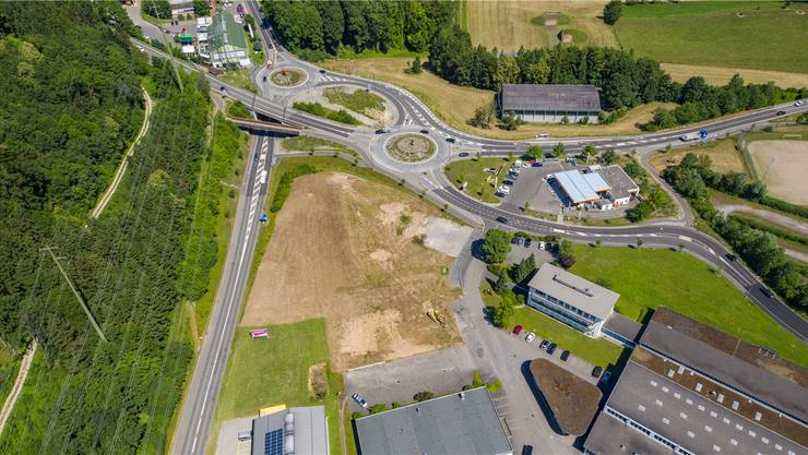 Zwischen Oberebenestrasse links, Elro-Areal rechts, und südlich des Kreisels Wohlerstrasse entsteht der Gewerbebau.