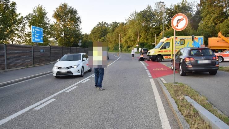 Die Ambulanz brachte den verunfallten Velofahrer ins Spital.