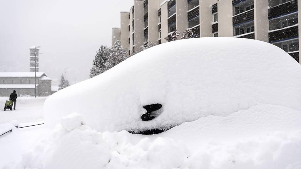 Starker Schneefall Anfang Dezember 2020 in St. Moritz GR. (Archivbild)