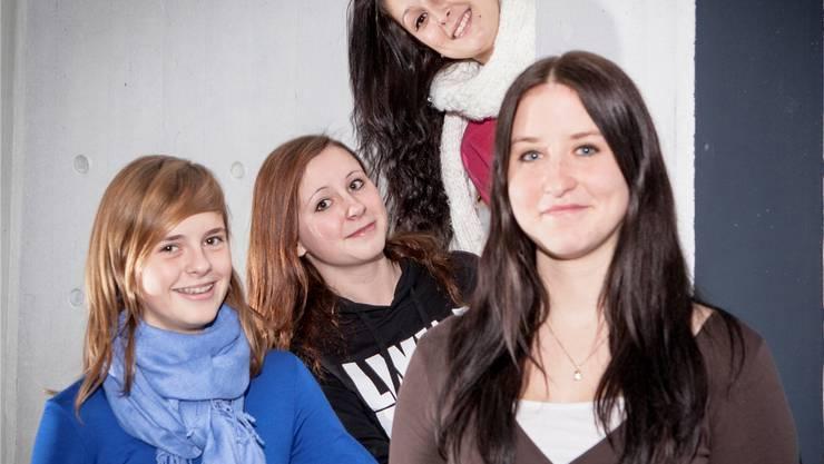 Kimberly Schaad, Sabine Merz, Janine Rogenmoser und Darleen Hunziker organisierten das Adventskonzert der Bezirksschule. Peter Siegrist