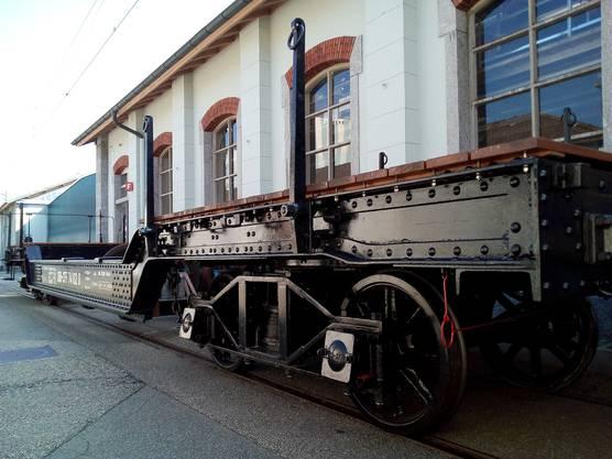 Der Oa/O 74102 wurde 1913 von der Wagonsfabrik Schlieren an die SBB abgeliefert und ist heute beim DVZO im Wagenpark. Hier im restaurierten Zustand am 24. September 2016 in Olten. Bild: Historic Schlieren