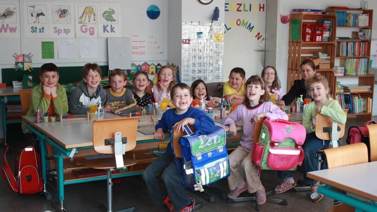 Die Primarschüler der Schule Schupfart freuen sich über die gute Evaluation ihrer Schule.