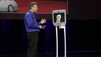 «Snowbot» wird an der TED-Konferenz im Jahr 2014 von Chris Anderson interviewt. Steven Rosenbaum/Getty Images