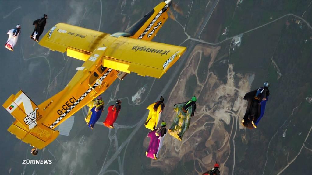 Zuger stellt neuen Wingsuit-Weltrekord auf