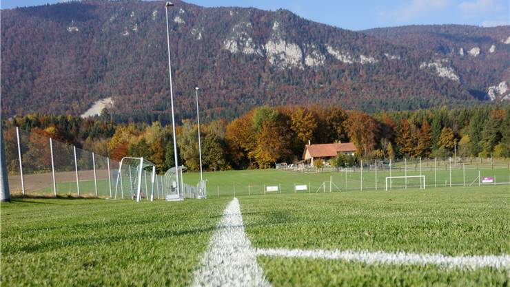 Auf dem Fussballplatz in Lommiswil wurde am 9. Oktober das 3.-Liga-Spiel gegen FC Fulgor Grenchen abgebrochen. uby