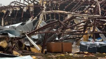 Von Tornado beschädigtes Gebäude
