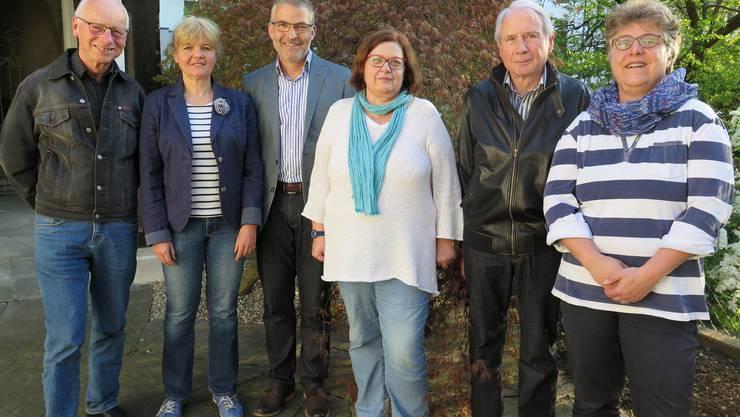 Der Vorstand von Benevol des Kantons Solothurn, der Vermittlungs- und Beratungsstelle für Freiwilligenarbeit (von links): Willfried Epprecht, Geschäftsleiterin Rosmarie Wyss, Präsident Beat Gygax, Irene Fischer, Kurt Schibler und Brigitta Küry.