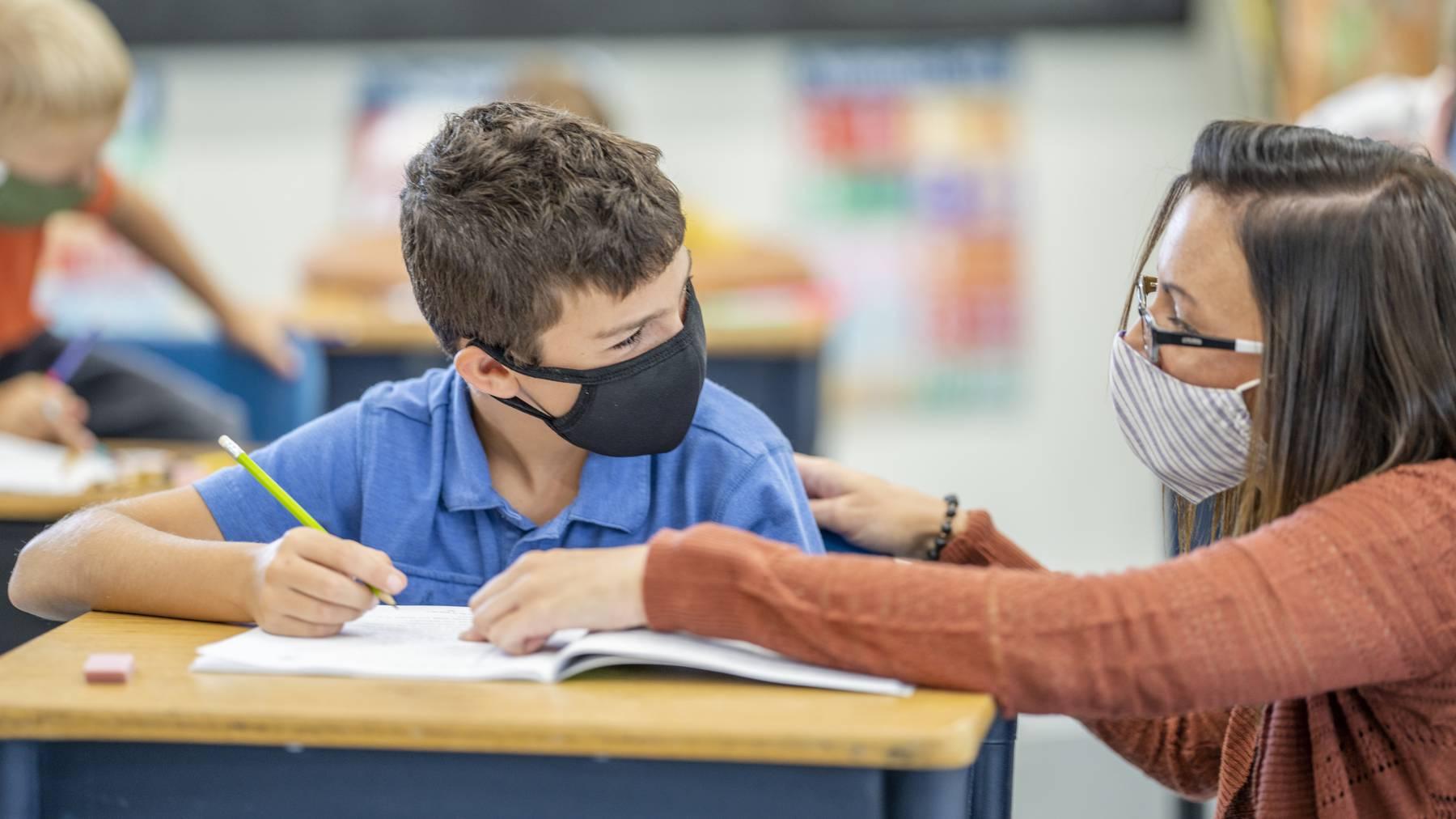 Lehrer Maske