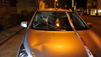 Mädchen wird am Montag von Auto angefahren und verletzt.