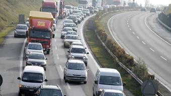 Zwischen Niederbipp und Rothrist staute sich der Verkehr aufgrund eines Unfalles. (Symbolbild)