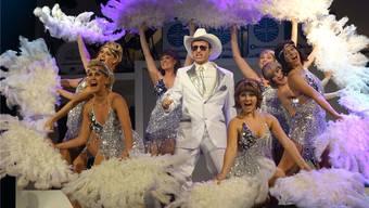Am Samstag landet «Happy Landing» im Gloria-Theater. Die Darsteller sind bereit, wie sie in der Generalprobe bewiesen. Bad
