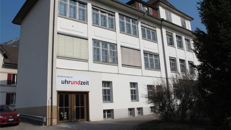 Der neu gestaltete Eingangbei der ehemaligen Uhrenfabrik.