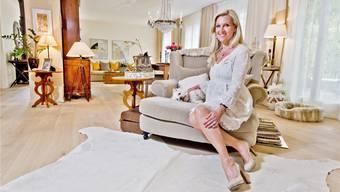 Lifestyle-Moderatorin Patricia Boser in ihrer Wohnung im Landhaus-Stil: «Ich mag es gerne Ton in Ton.»