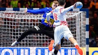 Spaniens Torhüter Gonzalo Perez de Vargas zeigt eine überragende Leistung.