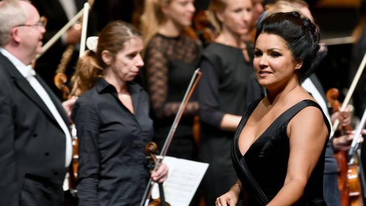 Operndiva Anna Netrebko wird auch im kommenden Jahr nicht in Bayreuth an den Wagner-Festspielen auftreten. Dieses Jahr hat sie ihren Auftritt dort wegen Erschöpfung abgesagt, für das nächste Jahr hat Bayreuth ohne sie geplant. (Archivbild)