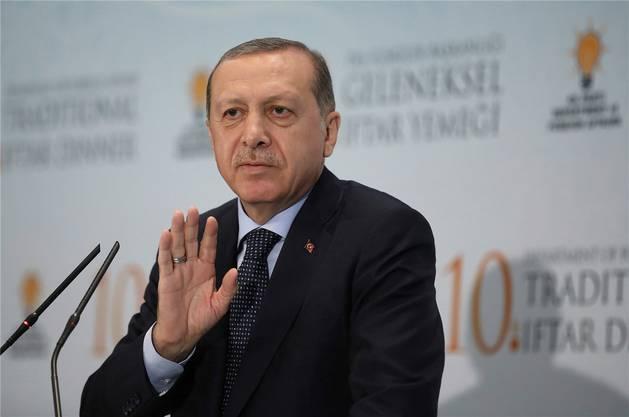 Kennt kein Pardon: Seit dem gescheiterten Putschversuch hat Staatspräsident Recep Tayyip Erdogan in der Türkei Tausende verhaften lassen.