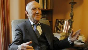 Der 95-jährige Aktivist Stéphane Hessel wird am Sonntag, 11. November, sein neues Buch vorstellen.