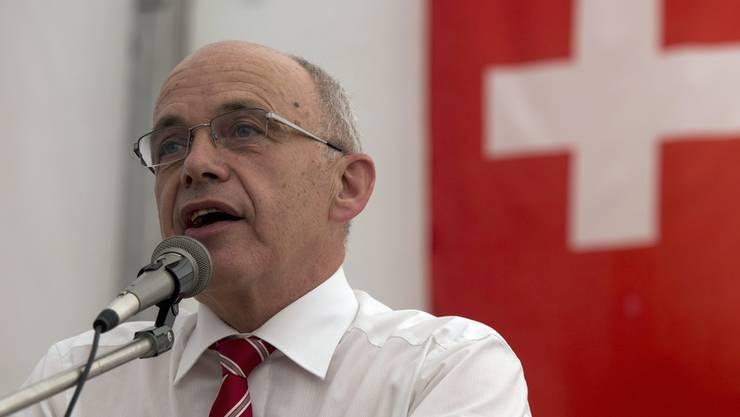 Bundespräsident Ueli Maurer während seiner Ansprache in Bözingen bei Biel