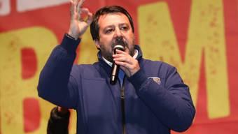 Bei der wichtigen Regionalwahl in der norditalienischen Region Emilia Romagna liegen die Sozialdemokraten (PD) nach ersten Prognosen vor der rechten Lega von Oppositionschef Matteo Salvini. (Archivbild)