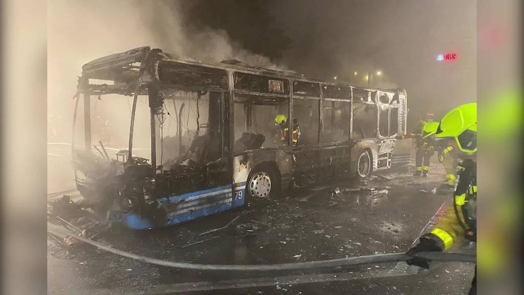 Kurznachrichten: Brände, Kollision