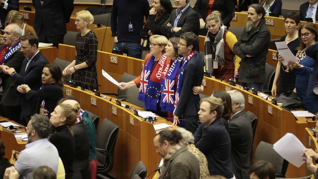 Auf Wiedersehen Grossbritannien – ein bisschen Wehmut ist auch im EU Parlament dabei.