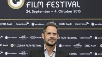 Sein Auftritt am Zurich Film Festival vor zwei Jahren dürfte seine Freunde kaum interessiert haben: Moritz Bleibtreu sagte jüngst in einem Interview, mit seinen Freunden spreche er nicht über seine Filme. Das hilft dem Schauspieler dabei, am Boden zu bleiben.