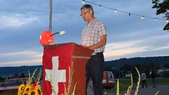 Der Gemeinderatspräsident Walter Jucker (SP) hielt die Rede.