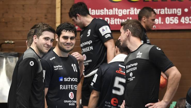 Badens Spieler um Trainer Bjoern Navarin müssen sich am Ende gegen den Titelverteidiger geschlagen geben.
