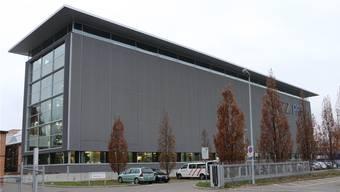 Die ehemalige NZZ-Druckerei wird neu der Halter AG vermietet. (Archiv)