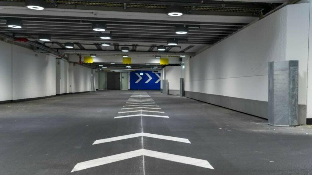 Die Unterführung im Basler Bahnhof SBB dient zu Stosszeiten im Einbahnverkehr als Ausgang zur Centralbahnstrasse.