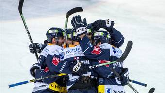 Zug gewinnt weiter: die Zentralschweizer setzen ihre Siegesserie fort.