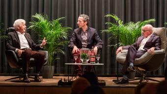 Auf dem Podium: Ex-SBB-Chef Benedikt Weibel, Chefredaktor Patrik Müller und RVBW-Direktor Stefan Kalt (v.l.).
