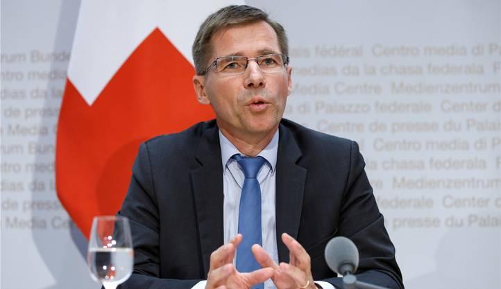 Der 55-Jährige ist seit 1. Januar Präsident der ETH Zürich. Davor war er über 10 Jahre Direktor des Paul-Scherrer-Instituts (PSI) in Villigen.