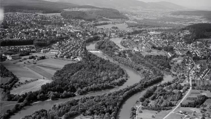Das Gebiet Telli im August 1958: eine weite, grüne Fläche.