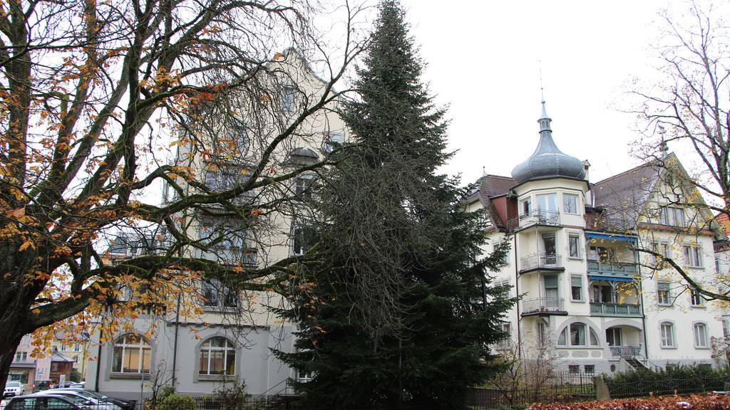 Sie wird zum zweiten Mal transferiert: Zuerst von Wittenbach an die Kreuzbleichestrasse St.Gallen und am Donnerstag zum Klosterplatz.