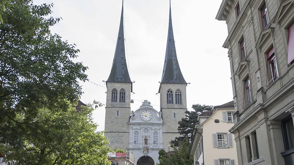 Die katholische Kirche der Stadt Luzern hat in der Coronakrise über 100'000 Franken gespendet. (Archivaufnahme)