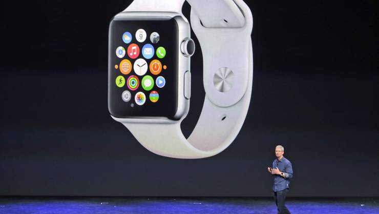 Apple CEO Tim Cook stellt die Apple Watch vor