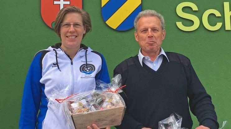Im kleinen Final besiegte Chantal Häuptli als beste Frau im 23-köpfigen Feld den Seniorenveteranen Hansruedi Merz 146:142.