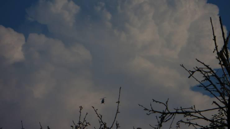 Viele Menschen schweben über den Wolken und sehen einfach uns Menschen nicht mehr.