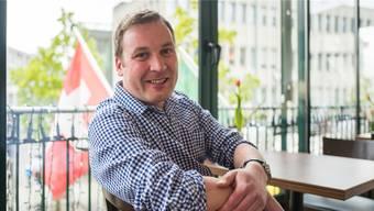 SVP-Nationalrat Lukas Reimann gewann das Duell am Parteitag gegen Regierungsrat Alex Hürzeler.