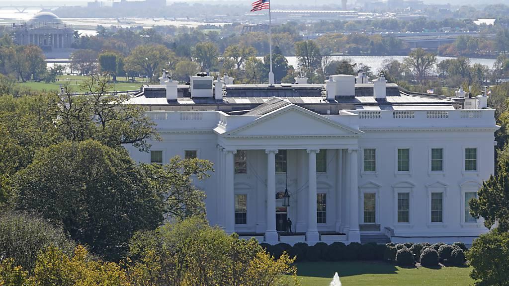 Ein Blick auf das Weiße Haus am Wahltag. Foto: Susan Walsh/AP/dpa
