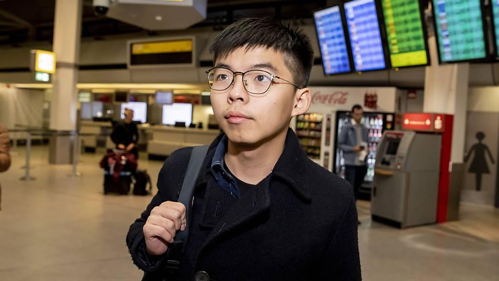 Der Aktivist aus Hongkong, Joshua Wong, ist am Montag in Berlin angekommen.