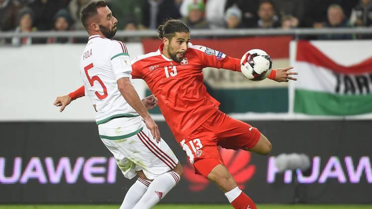 Ricardo Rodriguez: Gleich schlägt der Ball zu seinem ersten Länderspieltor im Netz ein.